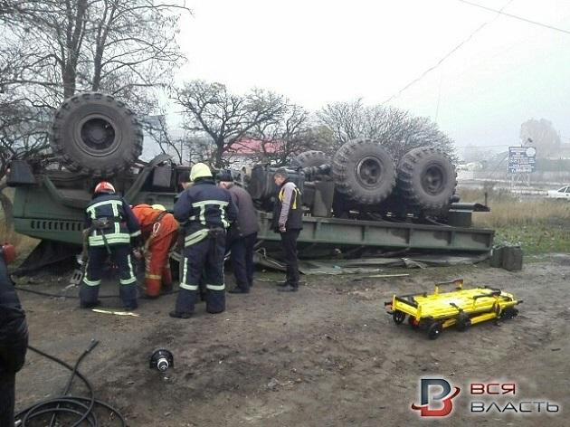 ВЗапорожье перевернулось авто с военнослужащими: умер шофёр,