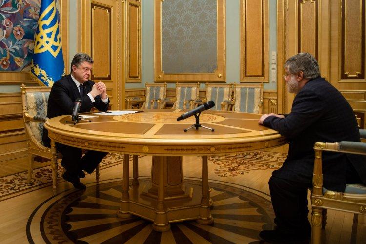 """Українські олігархи ставлять як на """"свіжу кров"""", так і на чинного президента"""