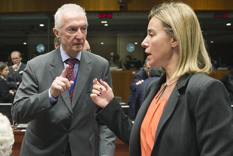 Министры иностранных дел Евросоюза считают несвоевременным снятие санкций с России