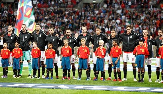 Испания хорватия футбол видео