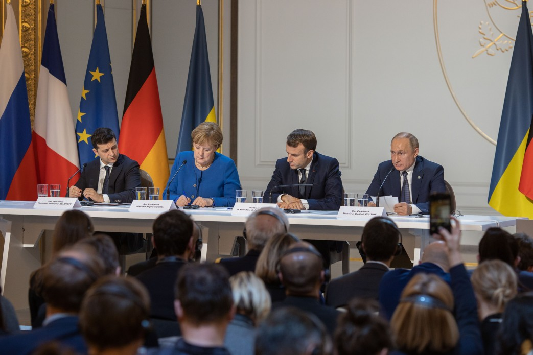 Между Западом и Россией: о чем договорился Зеленский на нормандском саммите