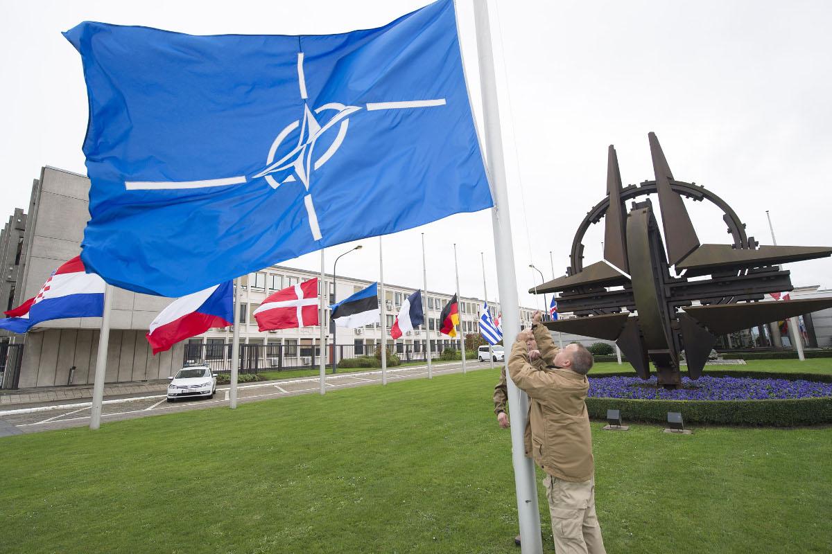 В Брюсселе пройдет первая за два года встреча комиссии НАТО-Россия