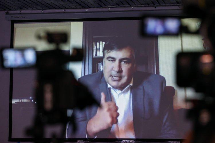 Саакашвили в Европе критикует украинскую власть