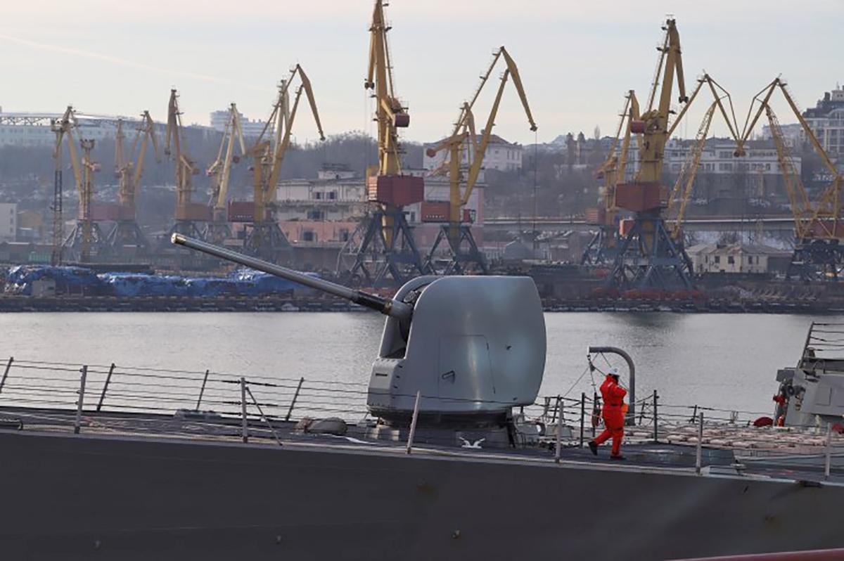Кто такой Юрий Лавренюк и почему портовики против его пребывания в министерстве
