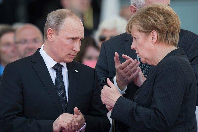 Британские журналисты обнародовали подробности переговоров между лидерами России и Запада