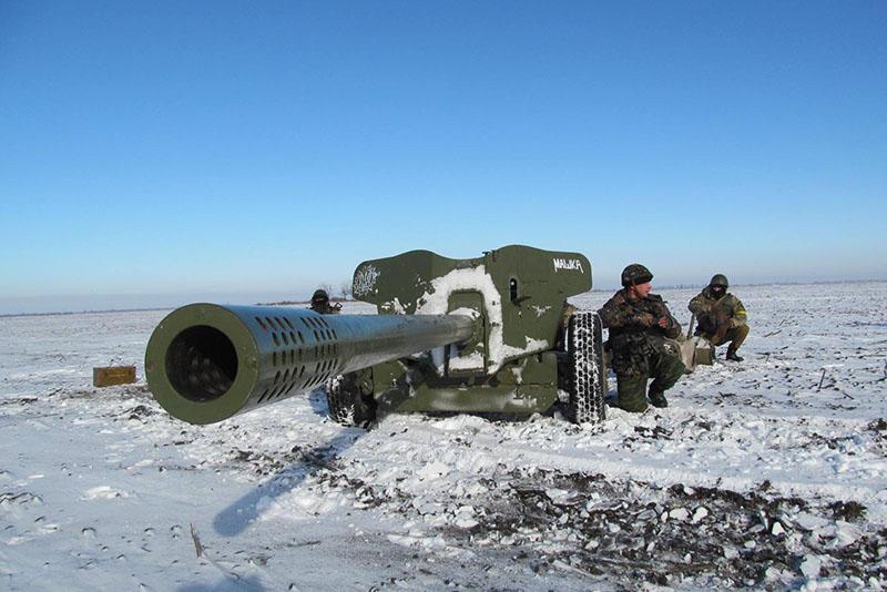 Армия пользуется все большей популярностью у жителей юга Донецкой области