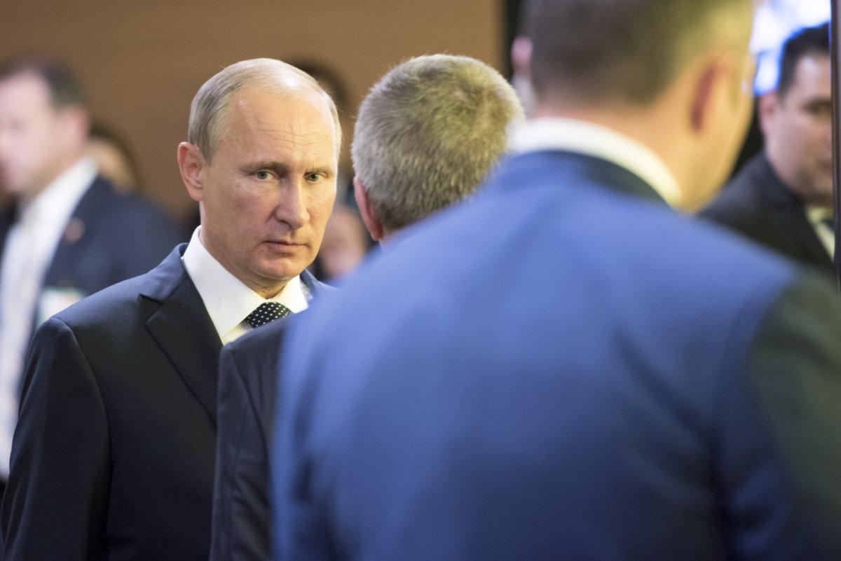 Чего Украине ждать от Путина и боевиков на Донбассе в 2016 году