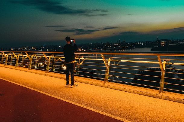 Новости Киева - В Киеве открыли новый пешеходный мост за 400 млн гривен - Смотреть фото и видео - Апостроф