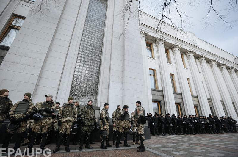 У Порошенко всерьез опасаются возможности захвата власти силовым путем