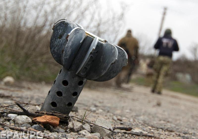 И мирные жители, и военные давно уже привыкли к постоянным обстрелам