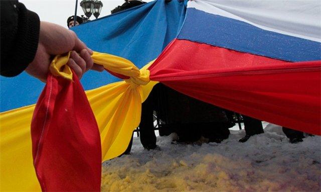 Своими действиями Киев способен лишь разозлить европейских союзников