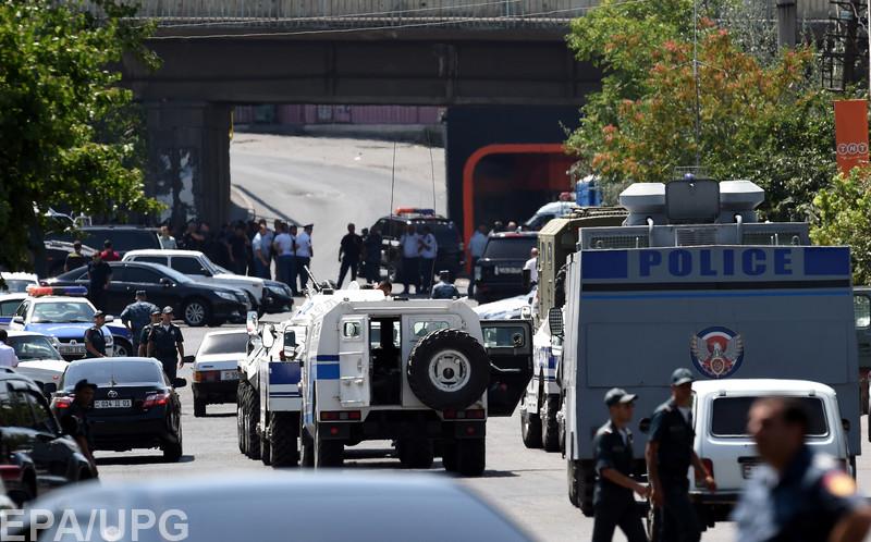 Эксперт рассказал об истинных причинах мятежа в Ереване