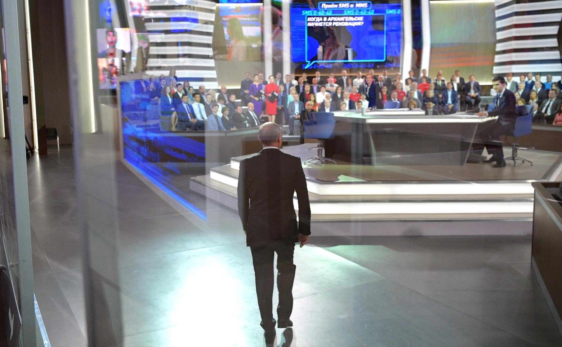 Российский президент понимает противоречия между словами о дружбе и антизападной пропагандой