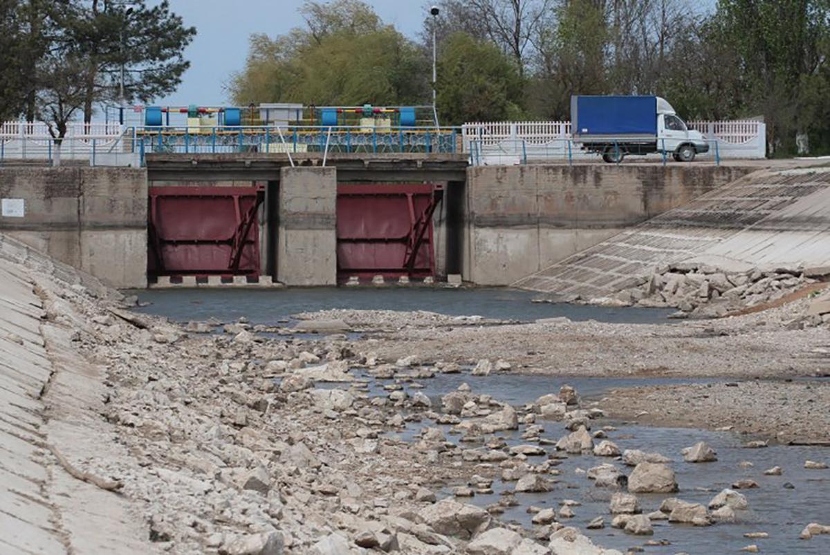 Раніше в Криму заявляли, що Україна поїла півострів не водою, а отрутою