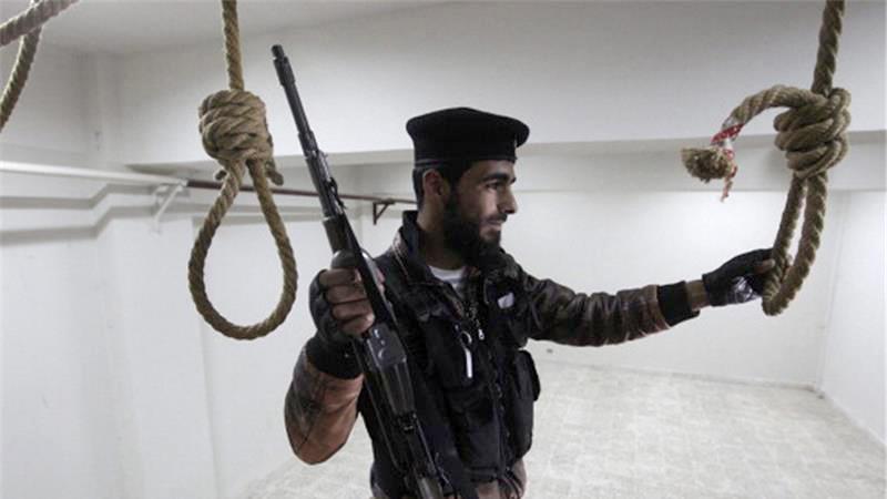 По данным правозащитников, в заключении находятся десятки тысяч заключенных