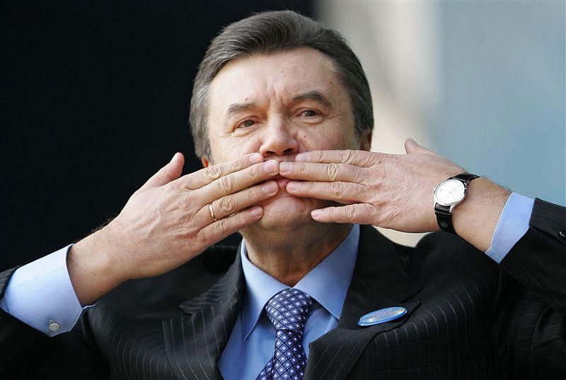 Международный розыск Януковича был приостановлен минимуму полтора года назад