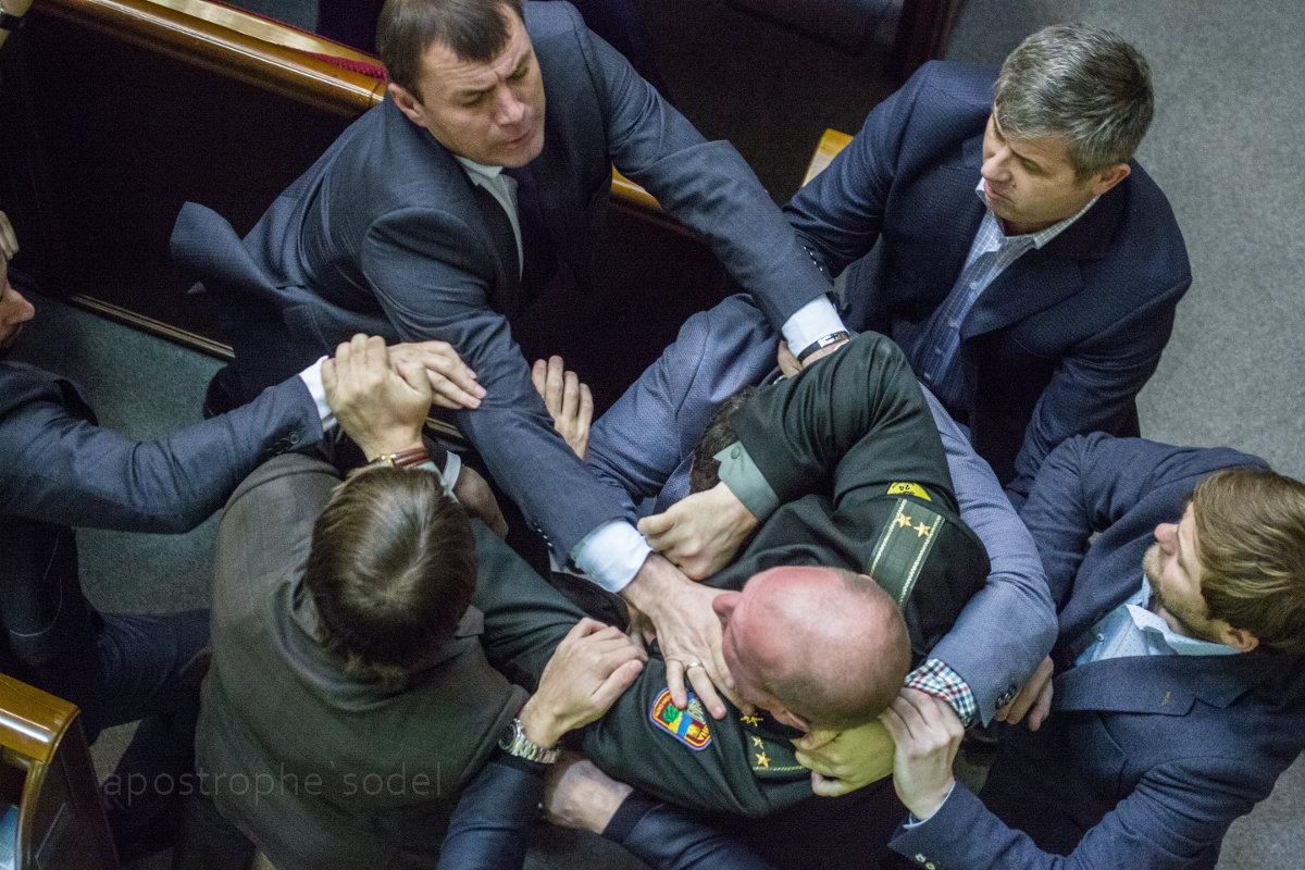 """Политические итоги года от """"Апострофа"""""""