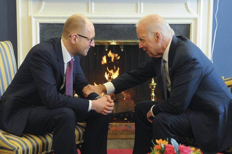 Какие темы будут обсуждаться во время визита вице-президента США Байдена в Украину