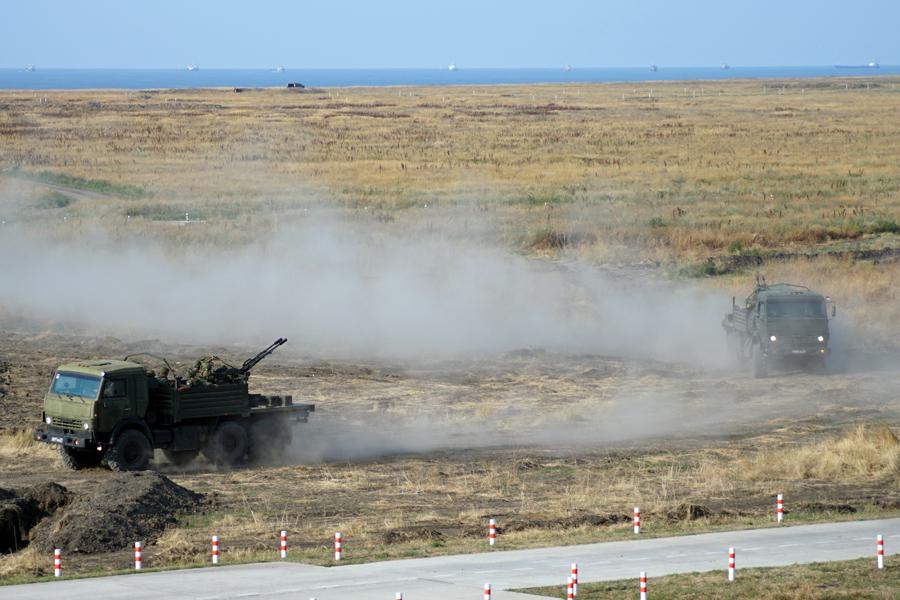 Стали известны причины перемещений российских войск на оккупированном полуострове