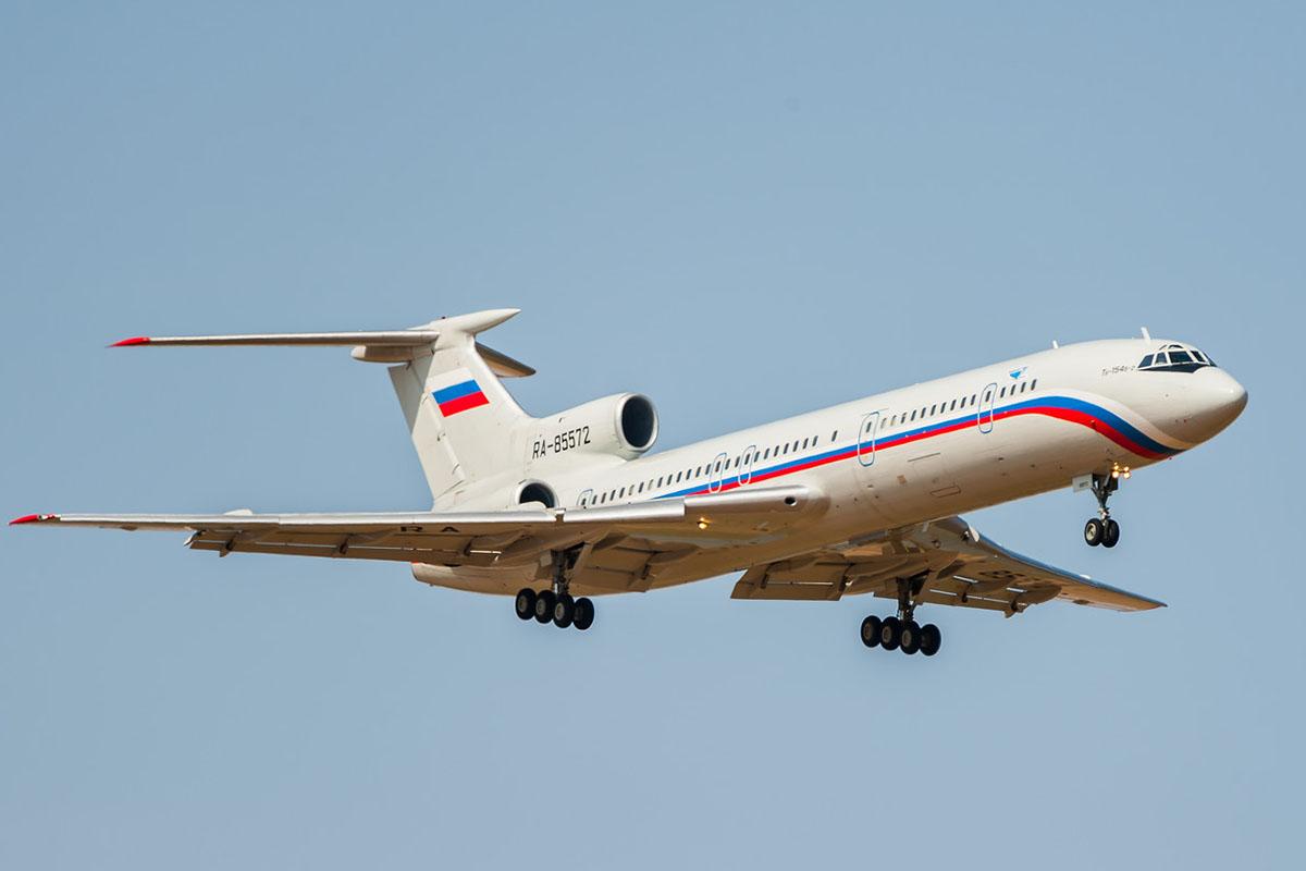 В Черном море разбился самолет Ту-154 Минобороны РФ с военными на борту