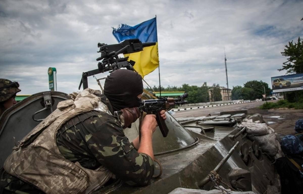 В итоге вражеских обстрелов наДонбассе умер украинский военный