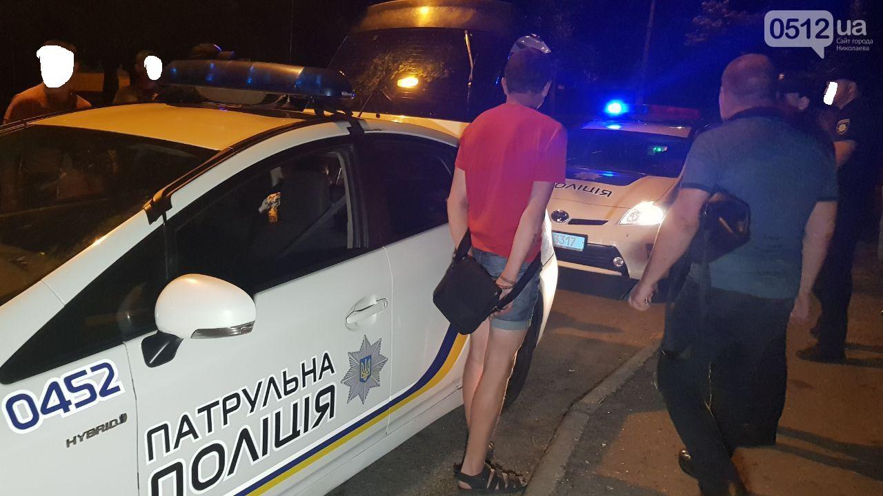 Двоє чоловіків зґвалтували дівчинку-підлітка в Миколаєві: моторошні подробиці