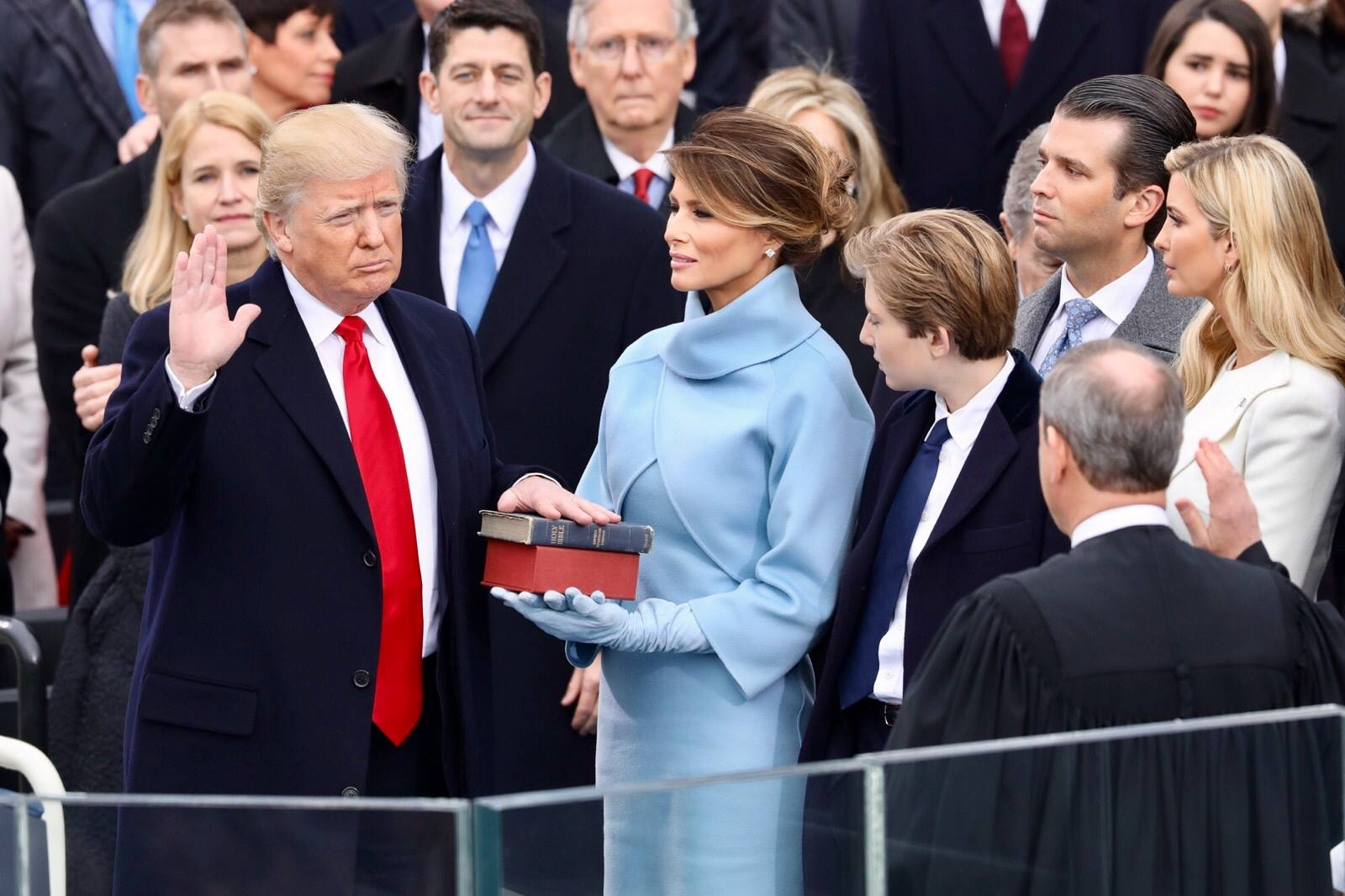 Новый Белый дом вообще не ценит женщин