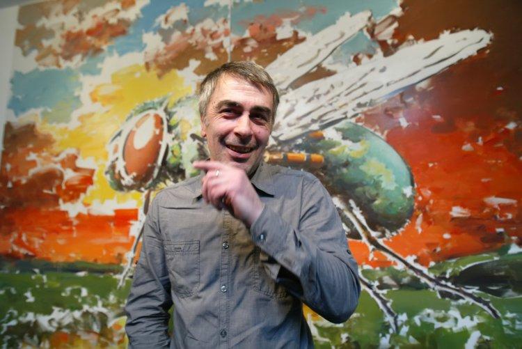 Известный украинский художник размышляет об изнанке русского мифа и о том, почему криминальное сознание никак не выветрится из общества