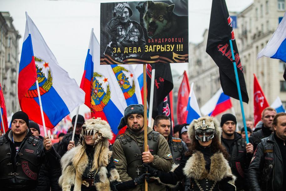 Как соцсети отреагировали на праздничные митинги и шествия в РФ
