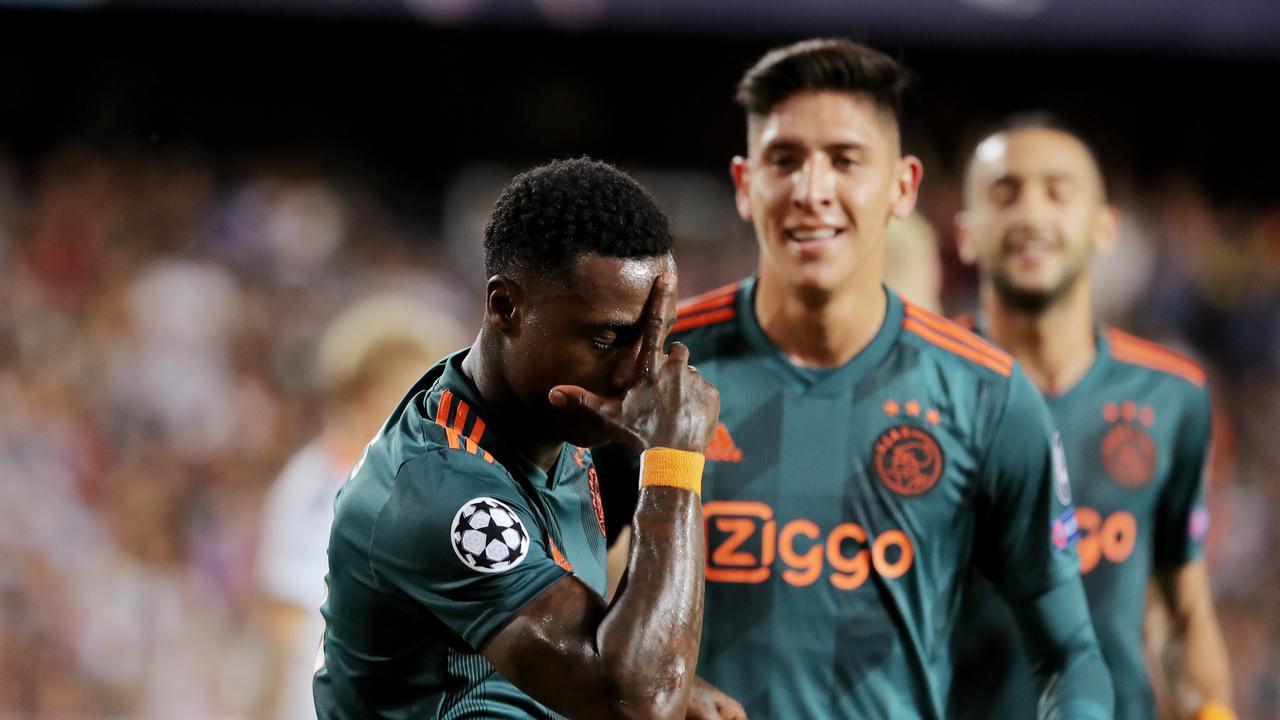 Голландский и испанский клубы сошлись в битве за выход в плей-офф Лиги чемпионов