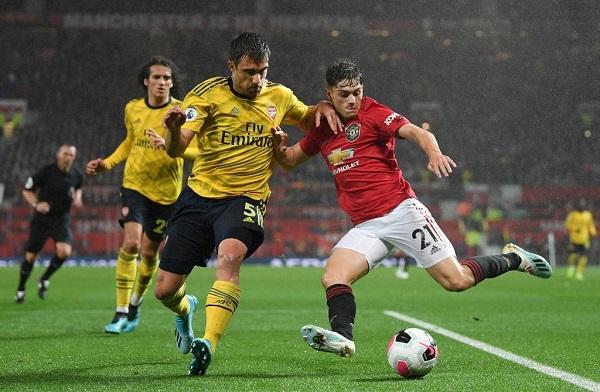 Гранды английского футбола встречались в матче национального чемпионата