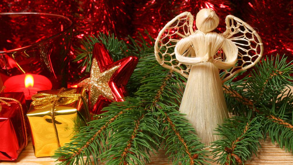 25 декабря католики празднуют Рождество