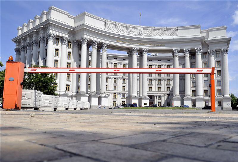 Для возвращения субъектности Украины нужна другая работа МИД