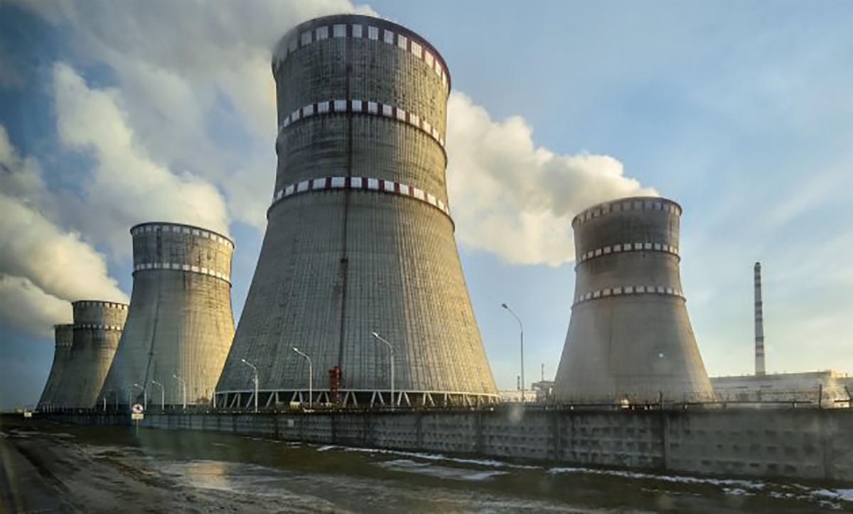 Украина покупает у России практически все энергоносители