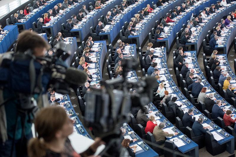 К единому мнению относительно урегулирования конфликта на Донбассе европейским парламентариям прийти не удалось