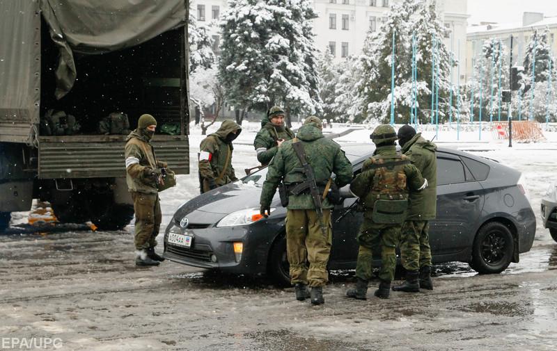 В Луганске продолжается противостояние между Плотницким и Корнетом
