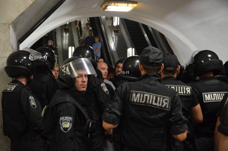 Массовая переаттестация может лишить новую полицию ценных кадров, способных бороться с преступностью