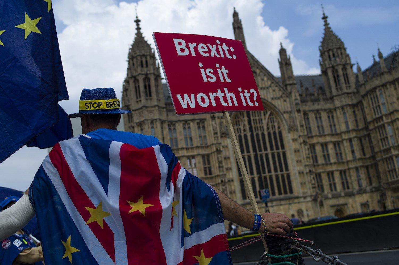 Британиия может покинуть ЕС без соглашения