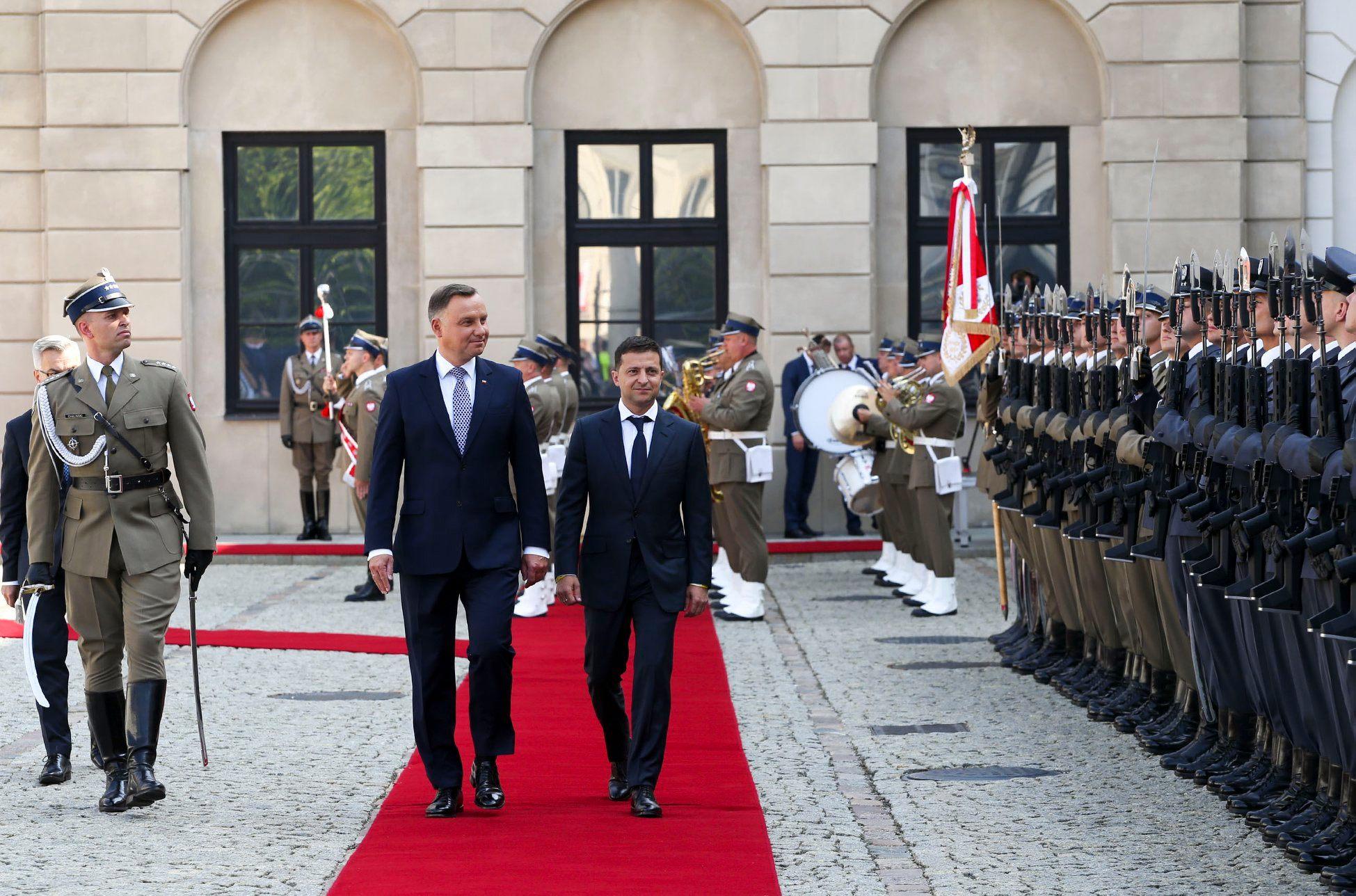 Встреча Зеленского с Дудой ознаменовала начало пути к решению конфликтных вопросов между странами