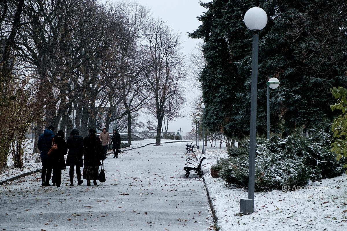 Киевлян сегодня ждет небольшой снег, гололедица ипорывы ветра