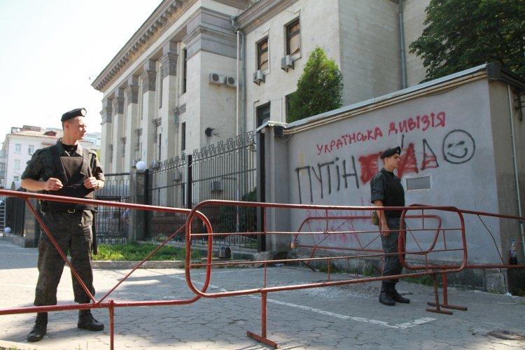 Порошенко теперь просто обязан запретить проведение выборов в Госдуму РФ на территории нашей страны
