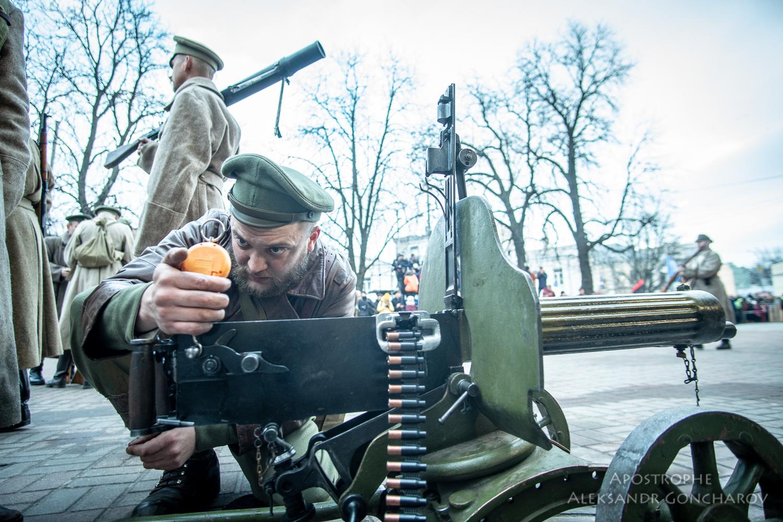восстание на заводе арсенал Киев 1918 пулетем