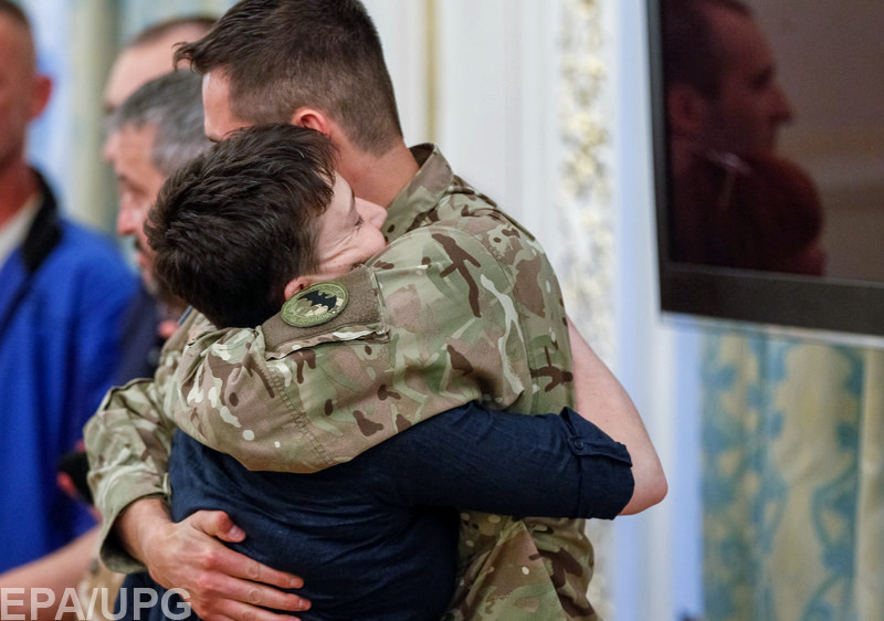 Как блогеры комментируют возвращение Надежды Савченко на Родину