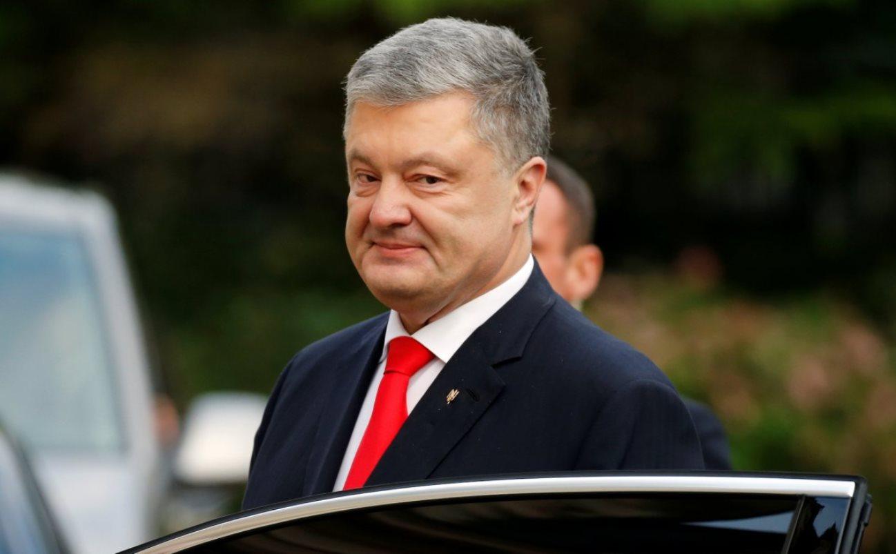 Прав ли Порошенко, когда не замечает бревно в своем глазу