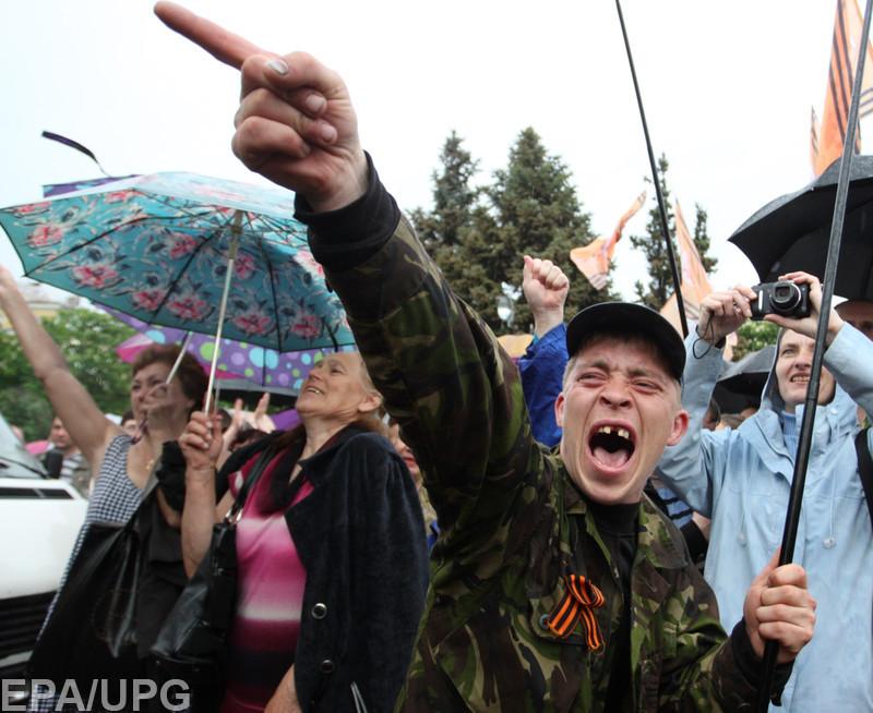 Боевики решили заняться патриотическим воспитанием молодежи
