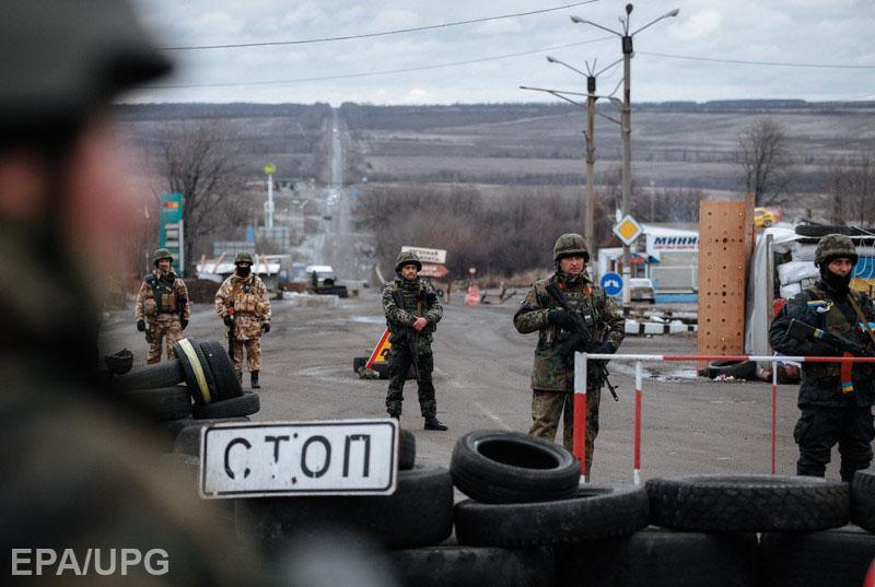 Очереди в три километра и взятки,— на Донбассе закрыли один из пунктов пропуска