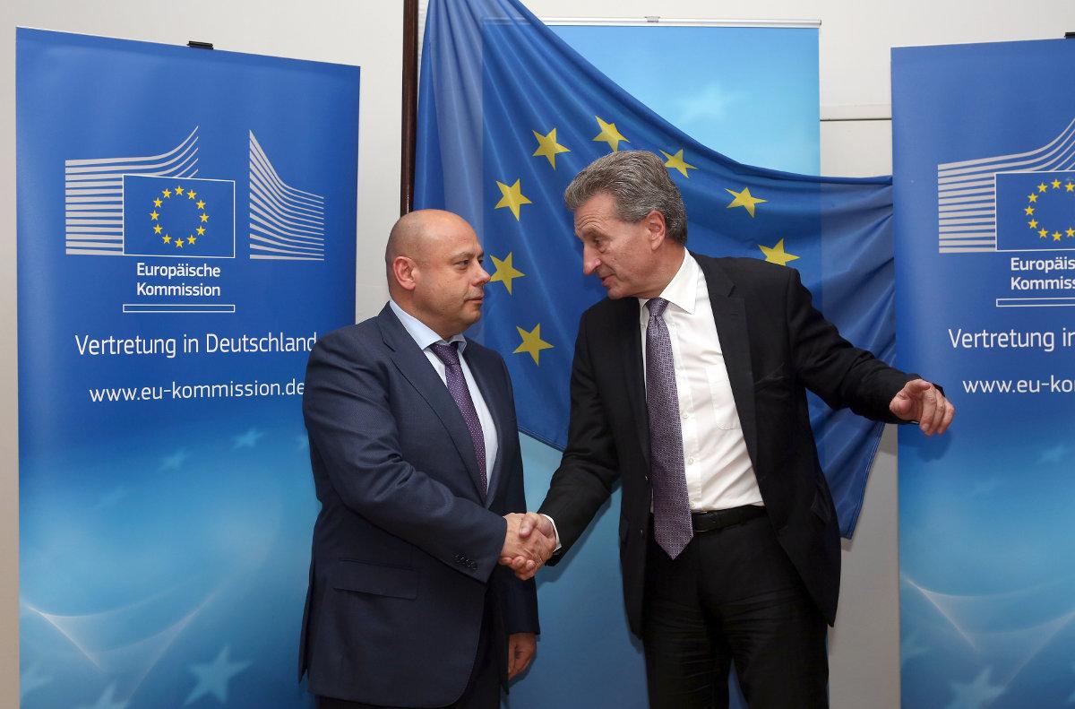 Украина пошла на уступки в газовых переговорах с Россией и ЕС