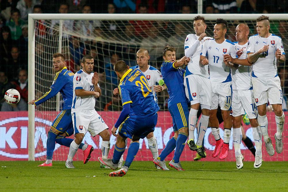 В 8-м туре отборочного турнира Евро-2016 украинцы набрали одно очко