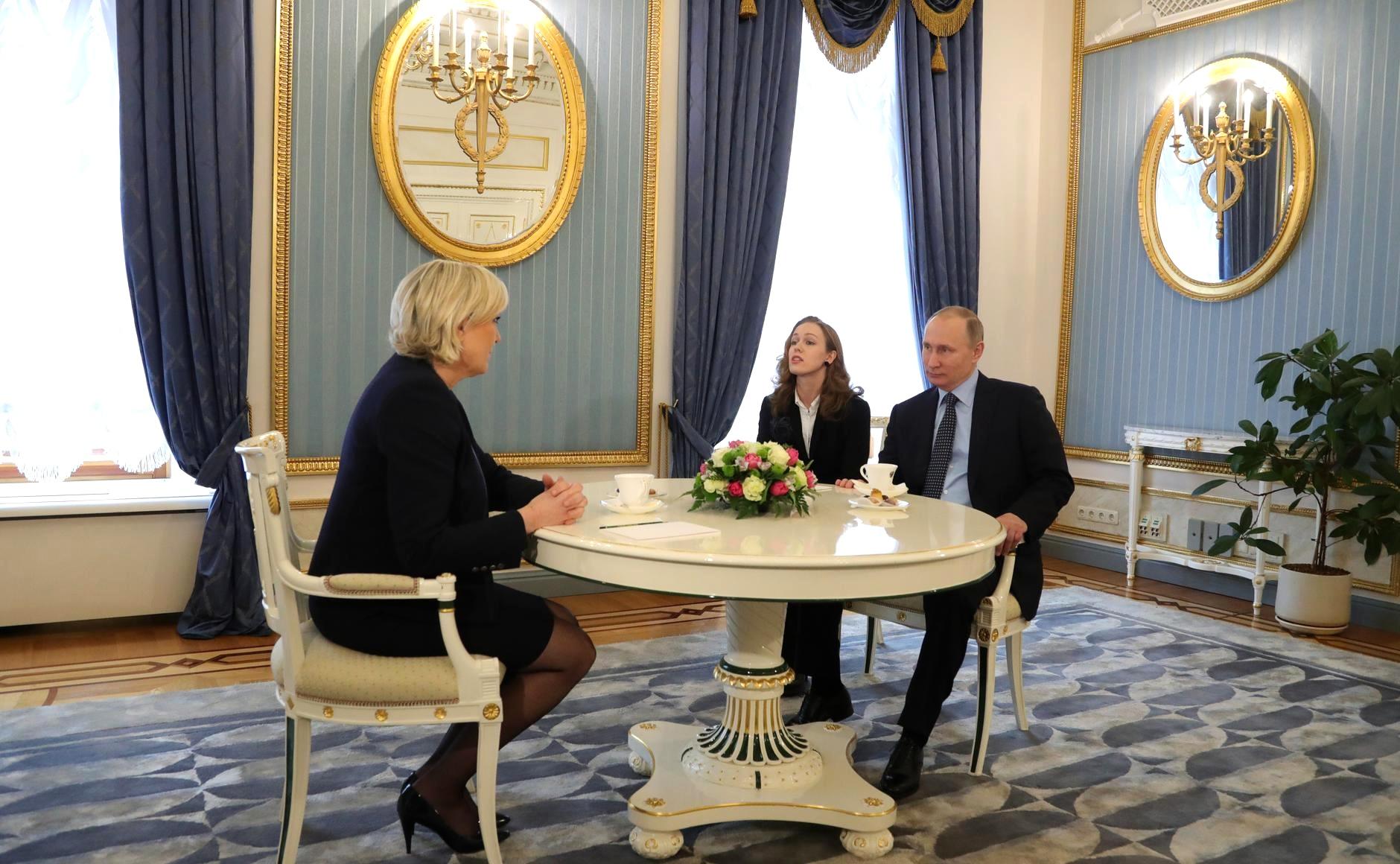 Марін Ле Пен - кандидат у президенти Франції від Росії