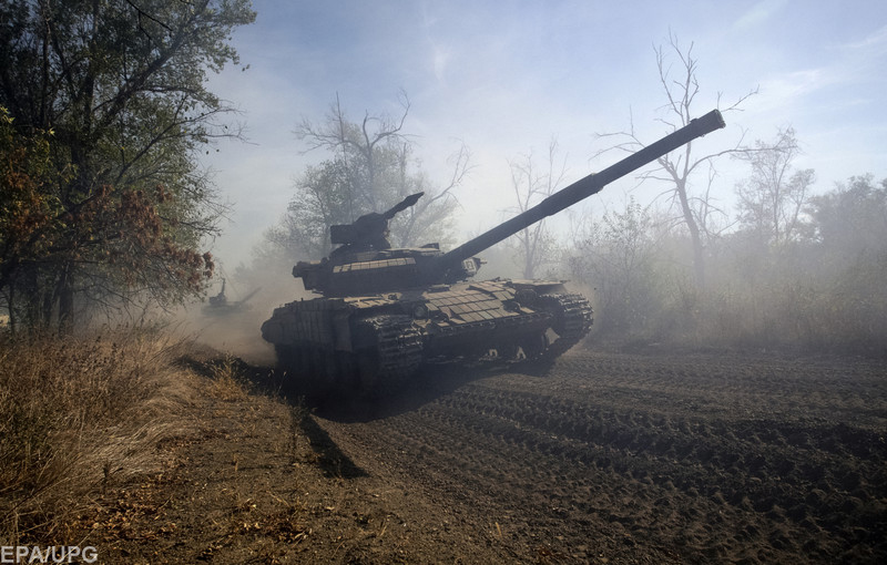 Генерал пояснив, навіщо чергова партія військової техніки РФ стягується до кордону з Україною